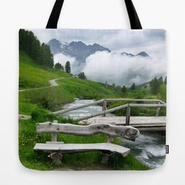 GREEN ART Tote Bag