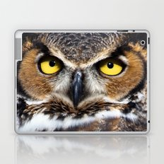 Great Horned Owl Face Laptop & iPad Skin