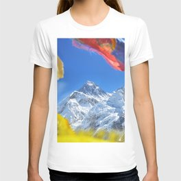 Summit of mount Everest or Chomolungma - highest mountain in the world, view from Kala Patthar,Nepal T-shirt