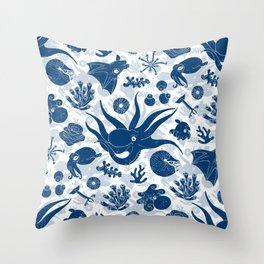 Cephalopods: Grunge Throw Pillow