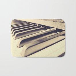 Old Piano Keys Bath Mat
