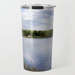 Casa no lago perto de Montreal Travel Mug
