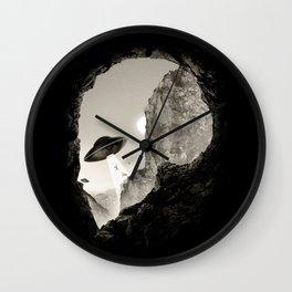 Alien´s Head Wall Clock
