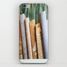 Vintage Suitcase - Textures iPhone Skin