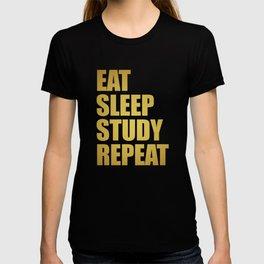 Dorm Goals T-shirt
