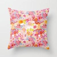 Vibrant summer Throw Pillow