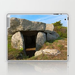 Le Trepied Dolmen Laptop & iPad Skin