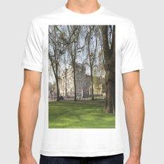 Buckingham Palace White MEDIUM Mens Fitted Tee