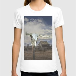 Steer Skull and Western Fenced Corral T-shirt