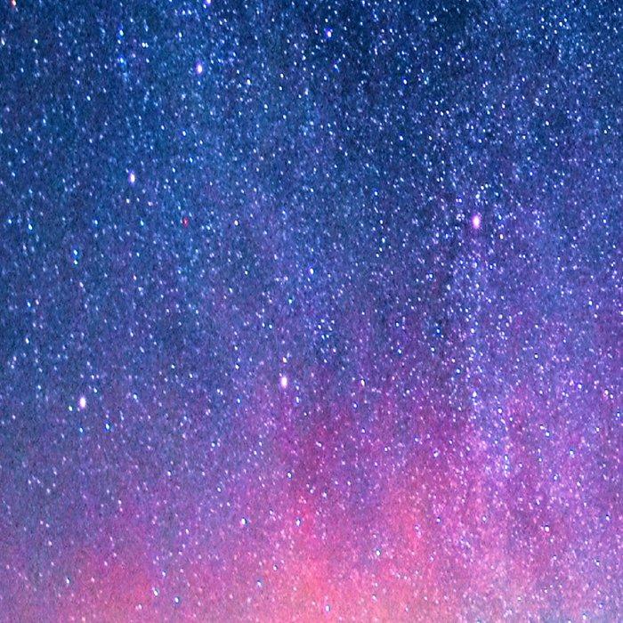 Aurora Borealis Over Wintry Mountains Leggings