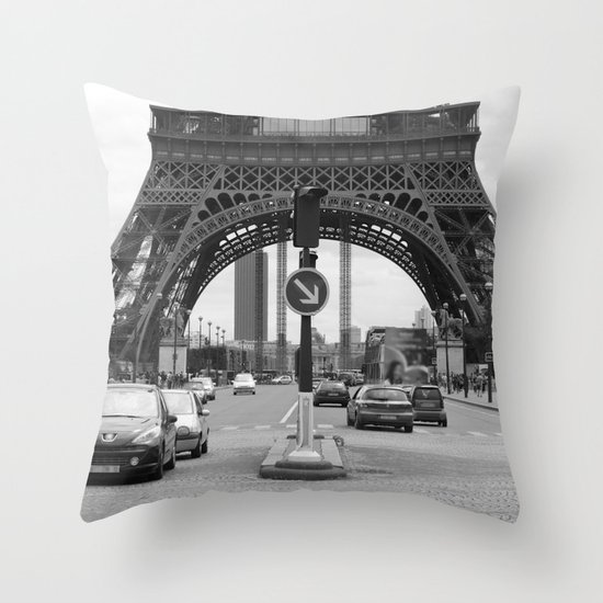 Paris transport Throw Pillow