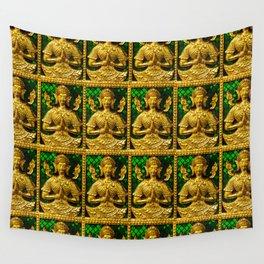 praying budda Wall Tapestry