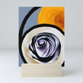 Pearl Six Mini Art Print