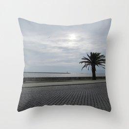 Foz: Atlantic 1 Throw Pillow