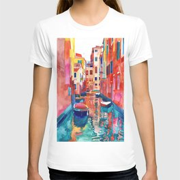 Venice Street with boats T-shirt