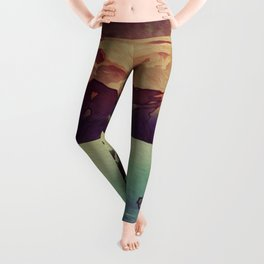 Diving into the Details at Hon Leggings