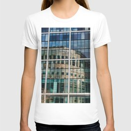 London Photography Canary Wharf Reuters T-shirt