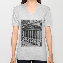 Vintage NYC Stock Exchange Photograph (1908) Unisex V-Neck