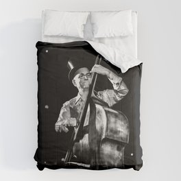 The old contrabass player Comforters