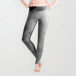 Magnificent Gorgeous Huge Full Moon Close Up Leggings
