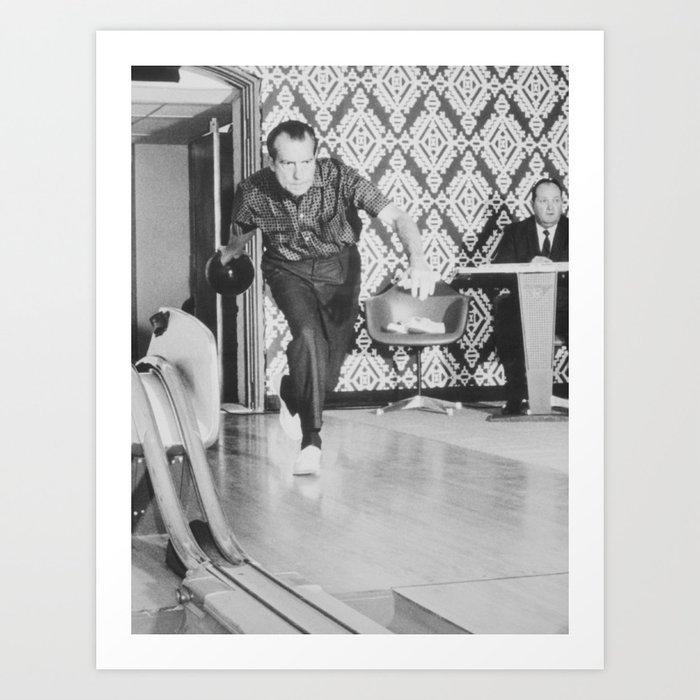 President Richard Nixon Bowling At The White House Kunstdrucke