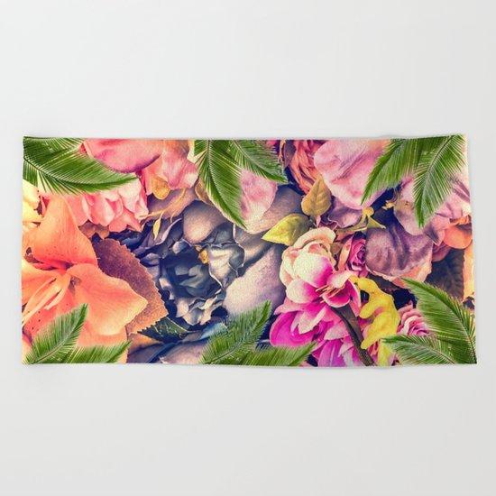 Flower dream Beach Towel