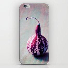 zucca iPhone Skin