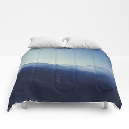 daybreak blues Comforters