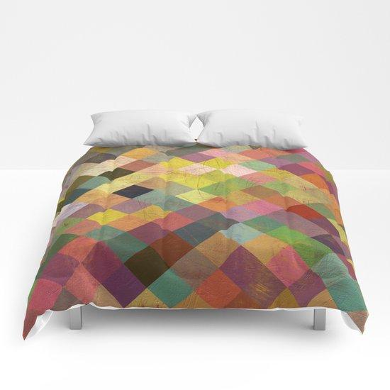 Aztec Vintage Pattern 06 Comforters
