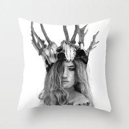 Rosie skull crown (Pencil Art) Throw Pillow