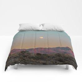 Sunset Moon Ridge // Grainy Red Mountain Range Desert Landscape Photography Yellow Fullmoon Blue Sky Comforters