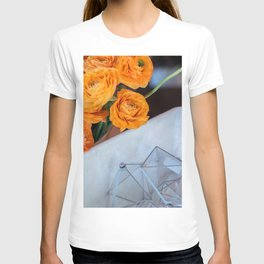 flower photography by Fabio Issao T-shirt