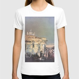 Brandenburg Gate at night in the city of Berlin- T-shirt