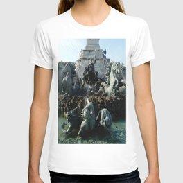 Monument aux girondins 3 T-shirt