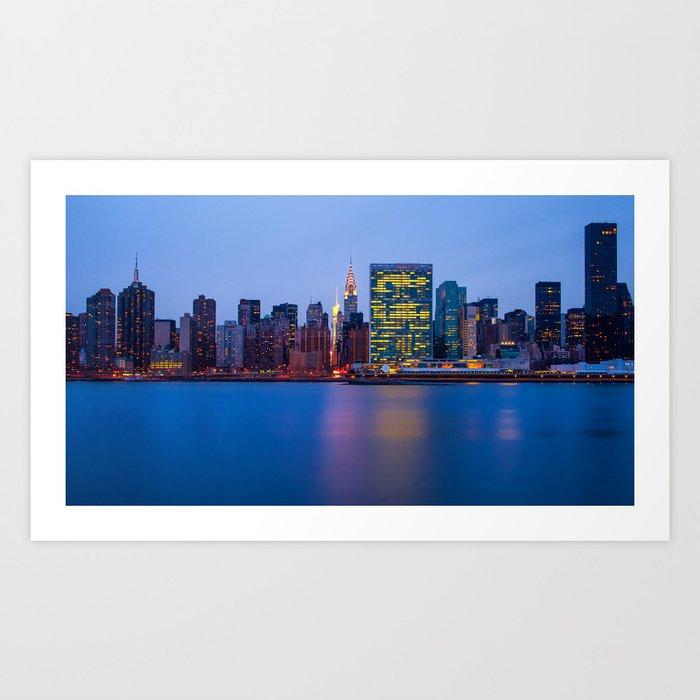 Beginning of the night over Manhattan Art Print
