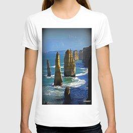 Limestone Rock Stacks - Twelve Apostles T-shirt