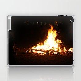 Roasting a Marshmellow Laptop & iPad Skin