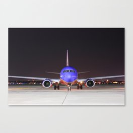 Face To Face with a Southwest Airlines Boeing 737-700 Canvas Print