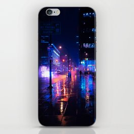 rainy nights in Vancouver iPhone Skin