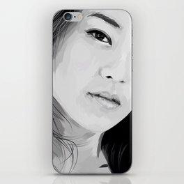 arden cho iPhone Skin