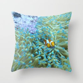 Scared little clownfish Throw Pillow