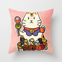 Momma cat and her kittens Throw Pillow