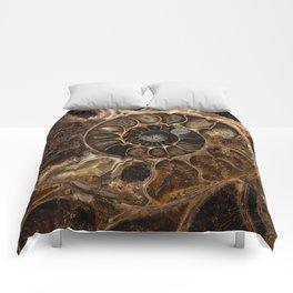 Earth treasures - Fossil in brown tones Comforters