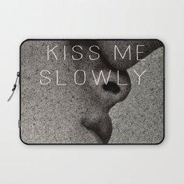 KISS ME SLOWLY Laptop Sleeve