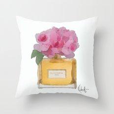 EAU DE PARFUM V.3 Throw Pillow
