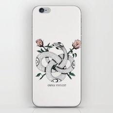Omnia vnvs est iPhone & iPod Skin