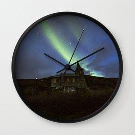Kong Oscar IIs kapell under aurora sky Wall Clock