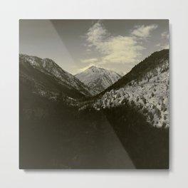 Valleys Rise Metal Print