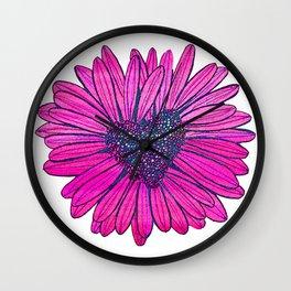 Heart-shaped Daisy Wall Clock