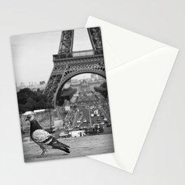 Paris. Colombe a la Tour Eiffel. Stationery Cards